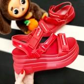 ##красные босоножки Sport на платформе, размеры 38.39.40.41!!УП -10%