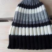 Новая фирменная высококачественная тёплая шапочка 4-8 года