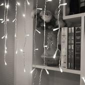 """распродажа!!LED Бахрома на прозрачном проводе цвет """"холодный белый"""". Есть переходник. Длинна 3 метра"""