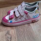 Крутые кроссы для принцессы от Adidas