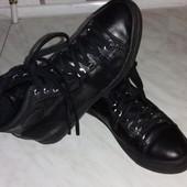 Кожанные ботиночки.Демисезон.Стелька-23 см