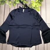 Шикарная блуза из атласного материала рукав с воланом внизу Esmara р.40 евро
