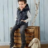 Германия!!! Бомбовая жилетка на флисовом подкладе для мальчика, на весну! 116 рост!