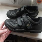 Кожаные туфли M&S kids состояние очень хорошее