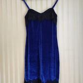 Нарядное велюровые платье к 8 марта