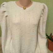 Мягусенький свитер в бусинах,красивые плечи от Tu Woman