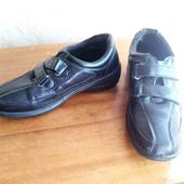 Отличные туфли, привезены с Германии. 36 размер (маломерят).