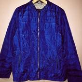 Лёгкая демисезонная стёганная куртка василькового цвета