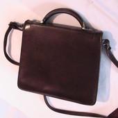 сумка коричневая как маленький портфель нюанс на фото