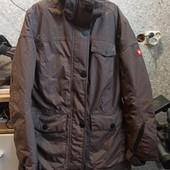 Шикарная горнолыжная куртка фирменная