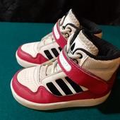 Крутые кроссовки Adidas, ориг. Вьетнам, разм. 22 (14 см ст.) Сост. отличное!