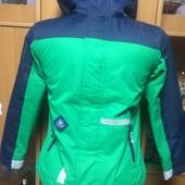 Куртка, холодная весна, внутри подстежка, размер 7-8 лет 128 см, Kids. сост. хорошее