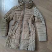 Удлиненная куртка пальто от Next. Деми ,еврозима. Капюшон можно прятать под воротник