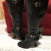 Високі чоботи із натуральної шкіри,від San Marina,розмір 38,устілка 24,5