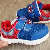 Кросівки-спайдермени 21 р. для маленьких ніжок