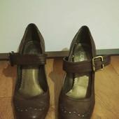 Удобнейшие туфельки 25стелька(собирайте лоты в одну посылку)