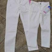 Джинси білі для дівчинки. Розмір 128-104