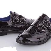 Лаковые демисезонные туфли. Канарейка.туфельки для девчёнок.