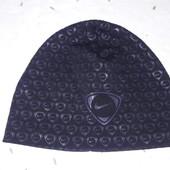 Демисезонная фирменная шапка Nike 8-12лет смотрите замеры