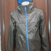 Куртка-ветровка,фирмы Quechua,на 14 лет,Состояние Отличное!