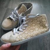 Высокие кеды- кроссовки!!!