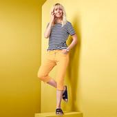 Яркие джинсовые брюки 3/4 с боковыми разрезами от Tchibo (Германия), р.42евро
