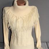теплый свитер по отличной цене! есть небольшой нюанс. отдаю намного ниже закупки!