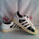 Фірменні Adidas - оригінал шкіряні красов.- суперстар роз.40,5