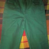 Новые зелёные брючки-джинсы на весну-лето р.152 см