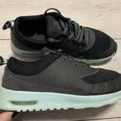Крутые кроссовки Nike оригинал 37,5 размер стелька 23 см .