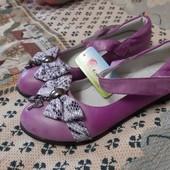 новые туфли на девочку размер 35 стелька 21