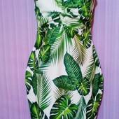 Очень красивое платье на лето в отличном состоянии!!!