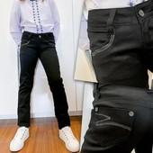 Чёрные подростковые брюки для девочки. Размер 21-27