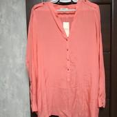 Фирменная новая красивая вискозная блуза р.20-22