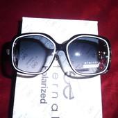 Солнцезащитные очки Eternal черные с белым. UV 400