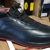 повністю шкіряні кросівки 40-45 р шт/ ін моделі в моїх лотах!