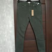 Фирменные новые мужские джинсы зауженные книзу р.30-30 коттон+эластан