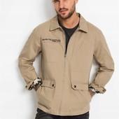 Уютная, качественная, стильная куртка-ветровка. р-р: 52. новая. описание