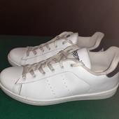 Белые кроссовки Peperoni, ориг. Италия, разм. 39 (25 см ст.) Нюанс.