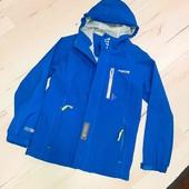 Демисезонная куртка 146 см