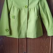 пальто для девочки 9 - 10 лет