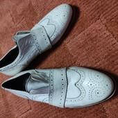 Кожаные белые туфли 40р