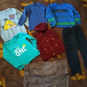 Четыре реглана, жилетка и двое джинсов на мальчика 3-4 года.