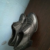 206. Туфлі