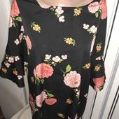 Блуза з піонами Capsule,розмір16(пог60)