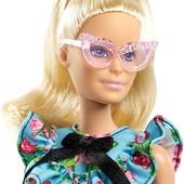 Барбі модниця з окулярами Barbie fashionista doll. Оригінал