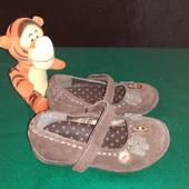 Замшевые туфельки Next, ориг. Вьетнам, разм. 7 (15 см внутри). Сост. очень хорошее!