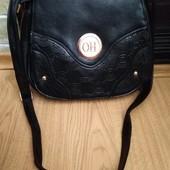 Женская сумка хорошего качества.