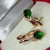 Новинка!Красивые позолоченные серьги с зелёным цирконом, медзолото, позолота 585 пробы