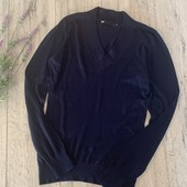 Мужской свитер. Размер m(ориентироваться на замеры). В хорошем состоянии.